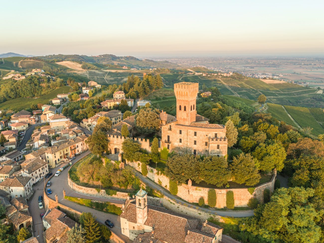 Castello-di-Cigognola-oltrepo-pavese